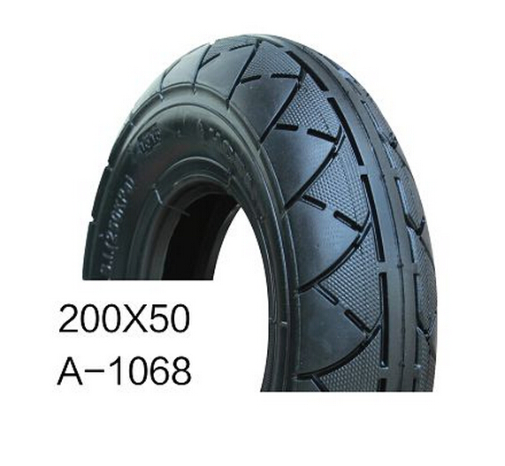200x50 scooter tire